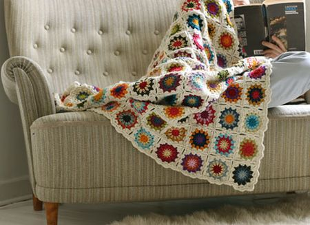 Pretty-crochet-blanket